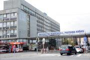 Spor medzi lekárom a nemocnicou skončil podaním trestného oznámenia a žalobou za nevyplatenie mzdy.