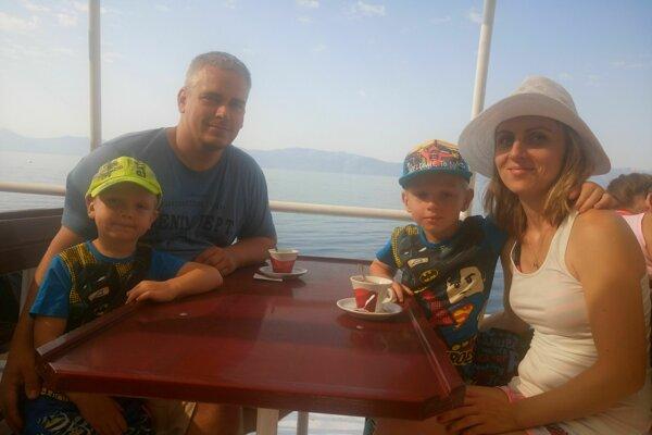 Rodina Živojinovcov na letnej dovolenke v roku 2017.