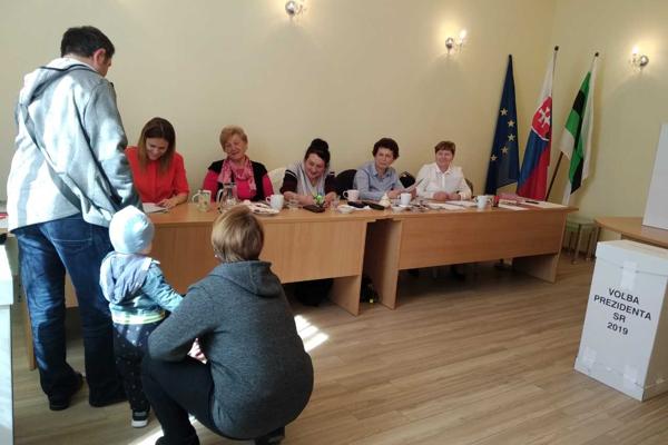 Voľby v obci Hôrky pri Žiline.