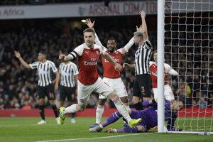 Momentka zo zápasu Arsenal Londýn - Newcastle United.