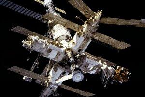 Mir bol prvou modulárnou stanicou vo vesmíre. Prvý modul vyniesli na nízku obežnú dráhu v roku 1986.