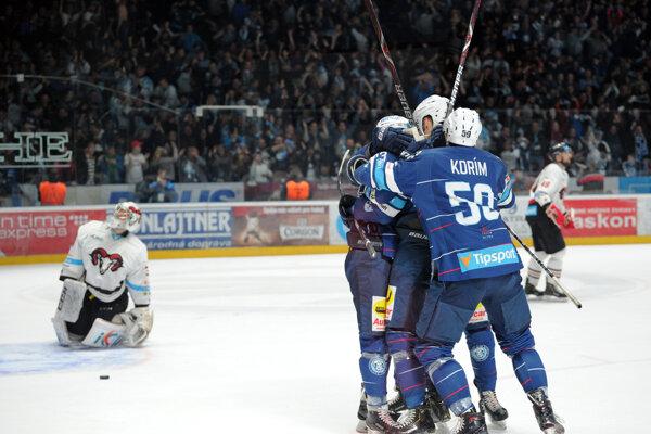 Momentka zo zápasu Nitra - Banská Bystrica.