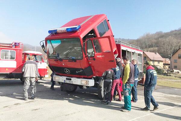 Vozový park hasičov z Chlebníc.