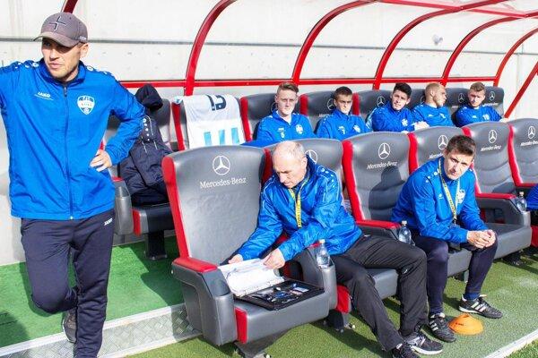Michal Kuruc je už oficiálne hlavným trénerom FC Nitra. Dočká sa v sobotu prvého jarného víťazstva?