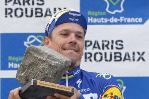 Philippe Gilbert sa teší z víťazstva.
