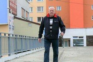 Lávka na Ľadovni zostala aj po rekonštrukcii v problémoch.
