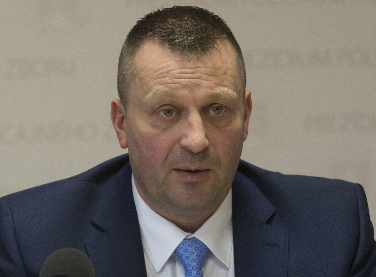 Lučanský a Vadala: Nechce to riešiť, vraví podriadený - SME