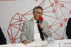 Ing. Ladislav Šimko, riaditeľ odboru prierezových priorít, sekcia CKO, úrad podpredsedu vlády pre informatizáciu a investície