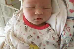 Ninka Čelková (3760 g a 52 cm) sa narodila 5. apríla Dominike a Matejovi z Malých Ledníc. teší sa aj brat Tomáš.