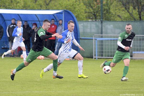 V zápase Kozároviec s Nededom diváci gól nevideli.