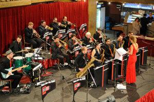 Na podujatí zahrá Orchester Back Side Big Band.