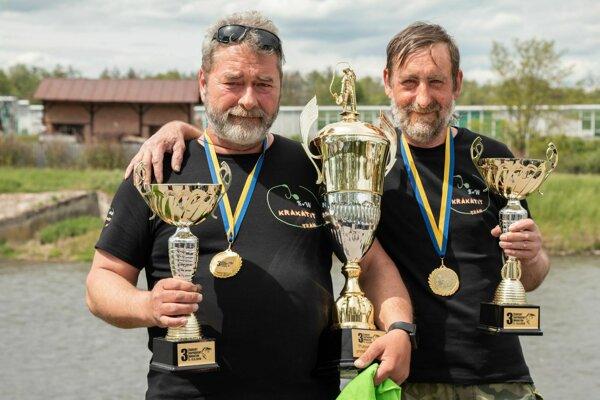 Petr a Jaroslav z českého tímu Krakatit. Do Žiaru sa o rok vrátia ako obhajcovia víťazstva.