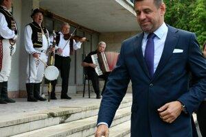 Podpredseda vlády a minister životného prostredia SR László Sólymos chce skládku v Poši, čo najskôr sanovať.