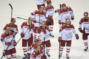 Hokejisti Dánska po zápase Veľká Británia - Dánsko na MS v hokeji 2019.