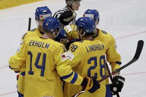 Radosť švédskych reprezentantov v zápase Švédsko - Rakúsko v zápase MS v hokeji 2019 Švédsko - Rakúsko.