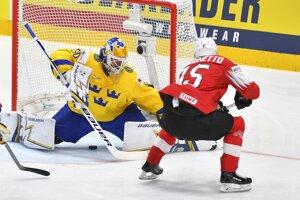 afb3b54da3cfb MS v hokeji: Momentky zo zápasu Švédsko - Švajčiarsko (13 fotografií)