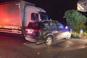 Zrážka nákladného auta s osobným. Došlo k nej začiatkom týždňa (13.5.).