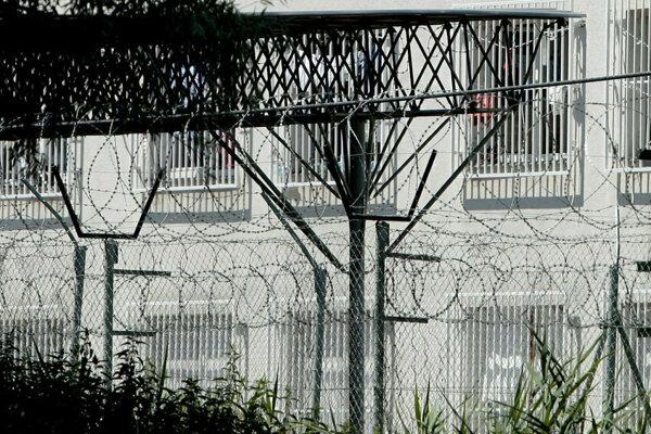 Bratom aj ich bratrancovi, ktorí zosnovali zločineckú skupinu a predávali drogy na Považí, hrozia vysoké tresty.