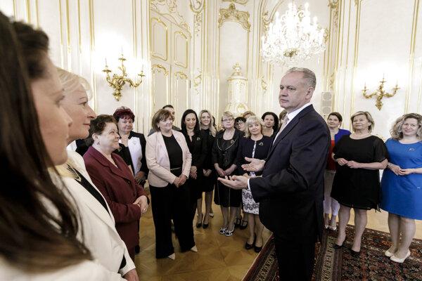 Andrej Kiska prijal ocenené sestry.
