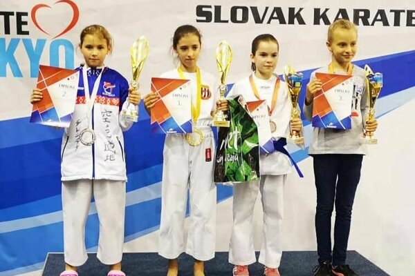 Kristína Železňáková (vľavo) vyhrala Slovenský pohár.