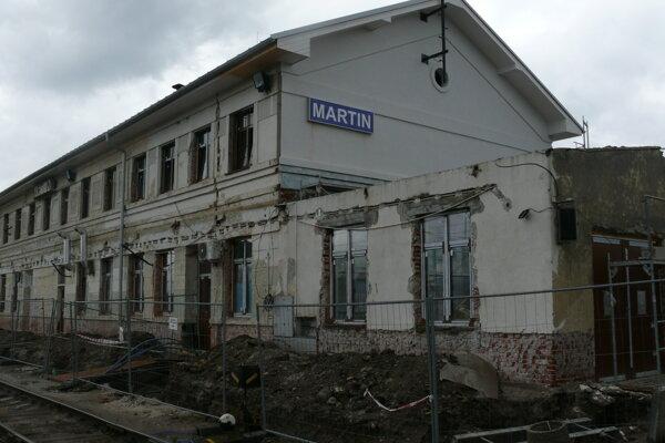 Výpravná budova železničnej stanice v Martine.