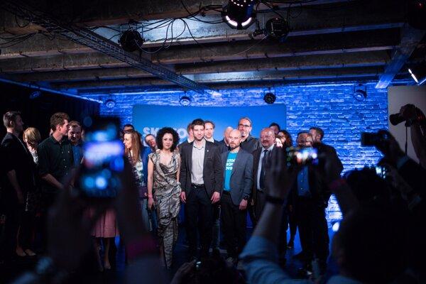 Koalícia PS a Spolu zvíťazili v eurovoľbách.
