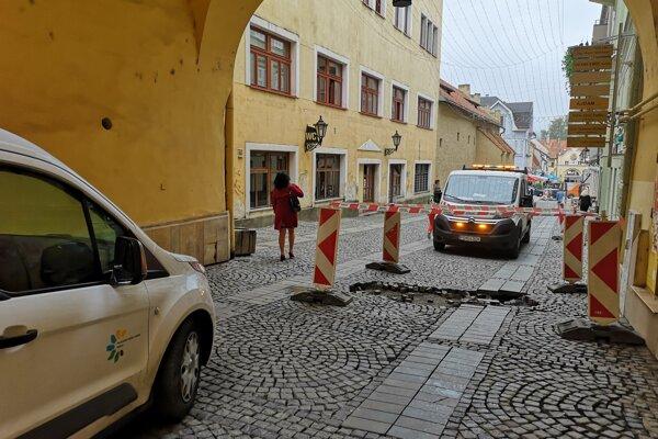 Mesto Prešov začalo s opravami v stredu ráno.