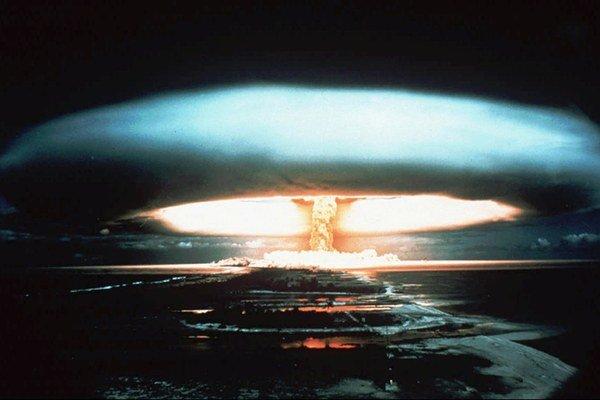 Jadrový test vo Francúzskej Polynézii.