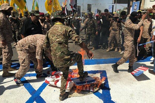 Pálenie izraelskej vlajky, ilustračné foto.