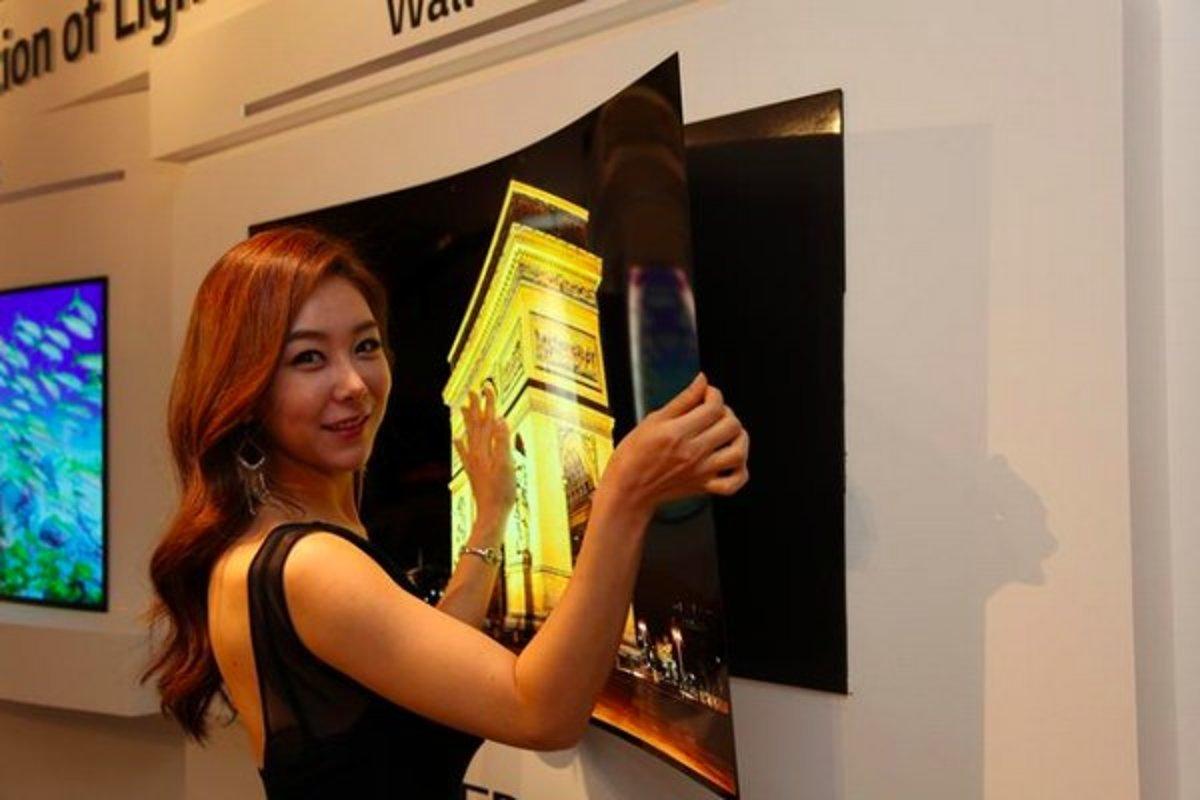 877684b17 Supertenký televízor od LG bude ako tapeta - Tech SME