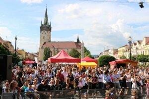 Na 21. ročníku Trojičného jarmoku môžu návštevníci vidieť až sto predajcov z rozličných krajín.