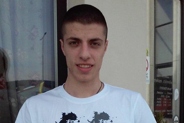 Stefan Dimić – obranca zo Srbska.