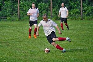 Futbalisti Detvianskej Huty dostali u lídra poriadny výprask.