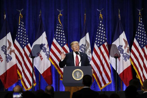 Americký prezident Donald Trump počas kampane v Iowe.