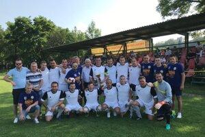 Futbalisti MFK Ťahanovce si vybojovali postup do štvrtej ligy.