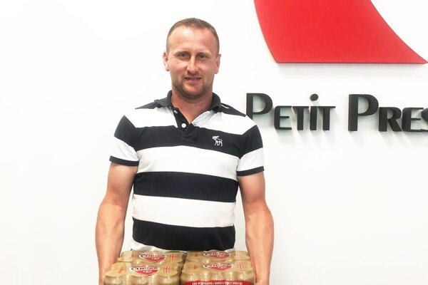 Víťazom 14. kola bol Ľubomír Straňák z Hornej Kráľovej. Odniesol si kartón piva Corgoň od spoločnosti Heineken.