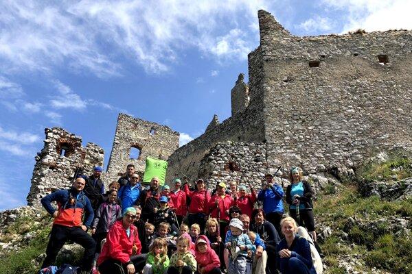 Rodinný výstup na Plavecký hrad sa uskutoční už po tretíkrát.