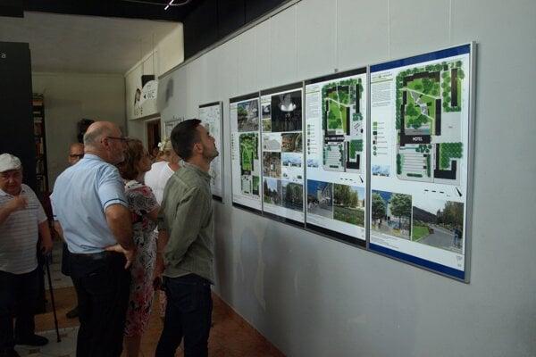 Projekty prezentovali na výstave.