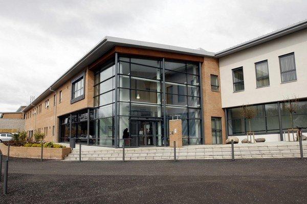 Pacienta hospitalizovali v nemocnici v Glasgowe.