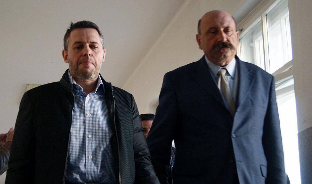 Polícia zdržiava Jánošovu kauzu alobal - domov.sme.sk