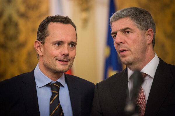 Premiér Robert Fico ide bojovať proti korupcii. Naďalej neodpvoedá, či bol v košpiračnom byte z kauzy Gorila.