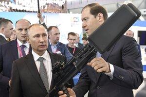 Denis Manturov v spoločnosti ruského prezidenta Vladimira Putina.