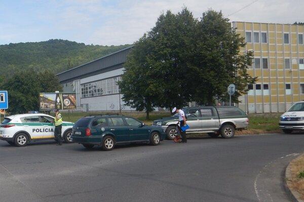 Nehoda sa stala na Štúrovej ulici v Detve.