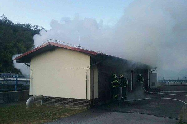 Požiar dnes zamestnal hasičov z Hlohovca.