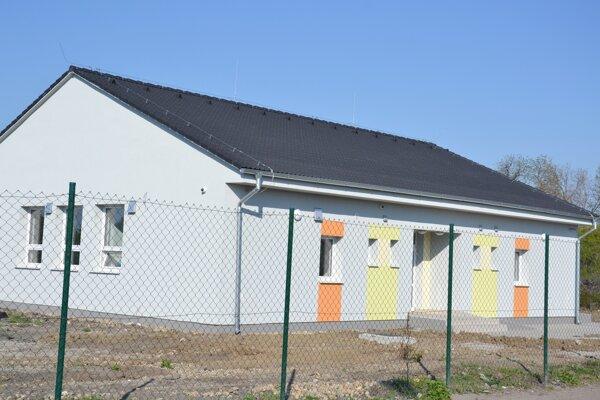 Komunitné centrum na Ladislavovom Dvore v Leviciach.