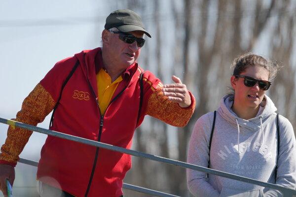 Monika Škáchová so svojim trénerom Peterom Mrázom.