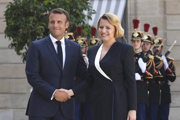 Francúzsky prezident Emmanuel Macron a prezidentka Zuzana Čaputová.