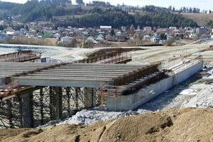 Na snímke stavba diaľničného úseku D1 Lietavská Lúčka - Višňové - Dubná Skala. Vo Višňovom dňa 6. marca 2019