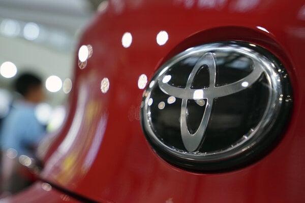 Predaj áut značky Toyota na juhokórejskom trhu klesol minulý mesiac medziročne o 32 percent.