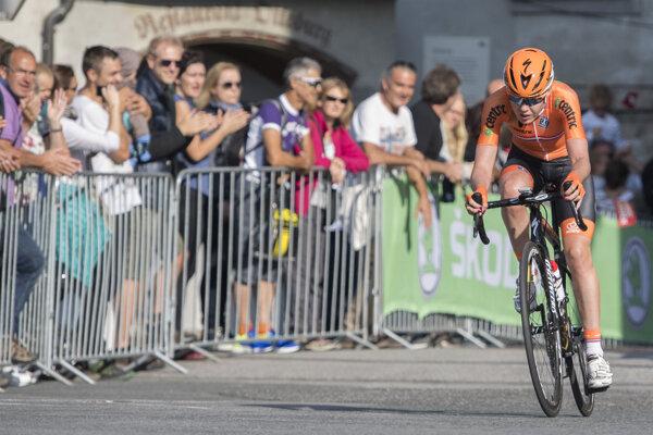 Cyklistka počas pretekov - ilustračná fotografia.